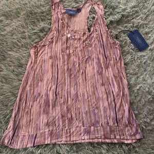 ⚡️5 for $25⚡️ Simply Vera Wang Sequin Front Tank